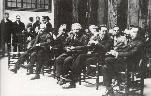 Einstein visita la Escuela Industrial de Barcelona
